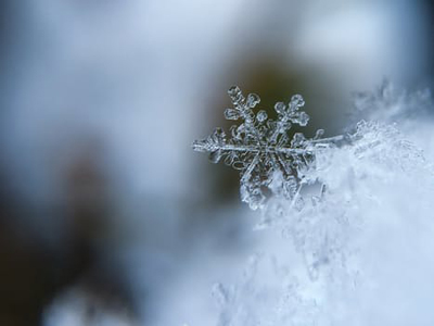 image of a snow flake